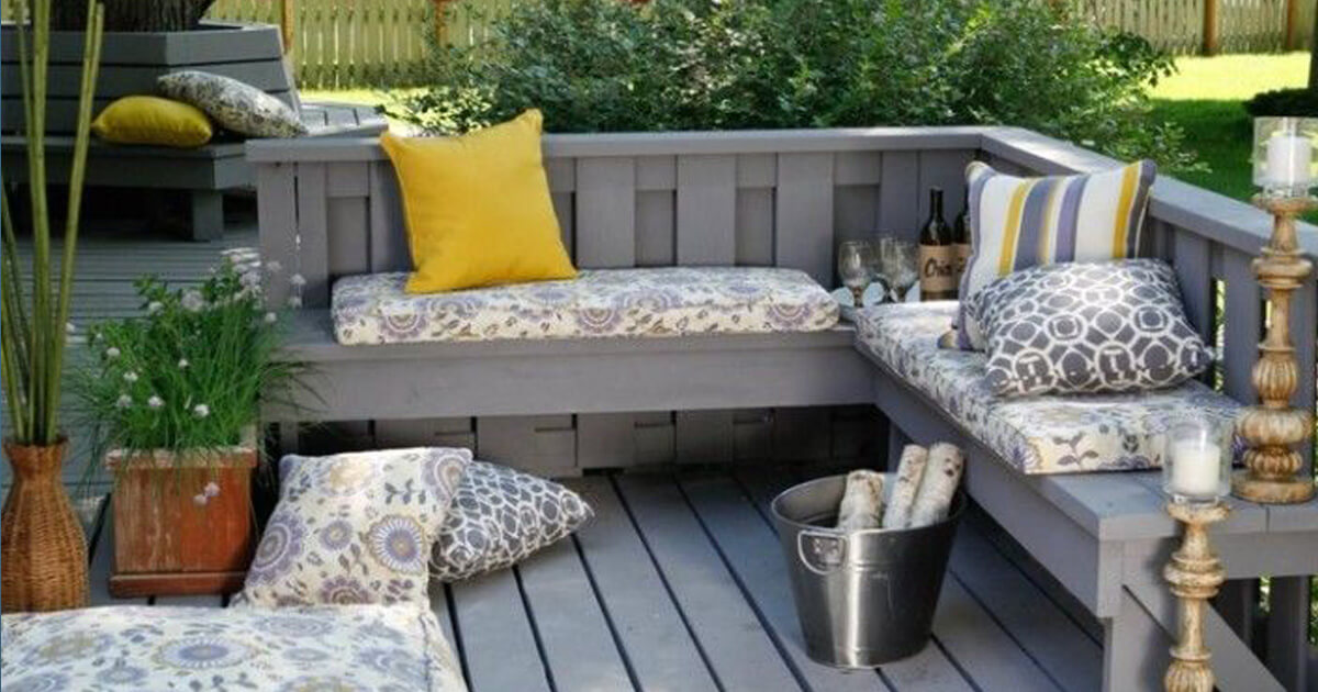 71 fantastic backyard ideas on a budget worthminer for Small patio design ideas on a budget