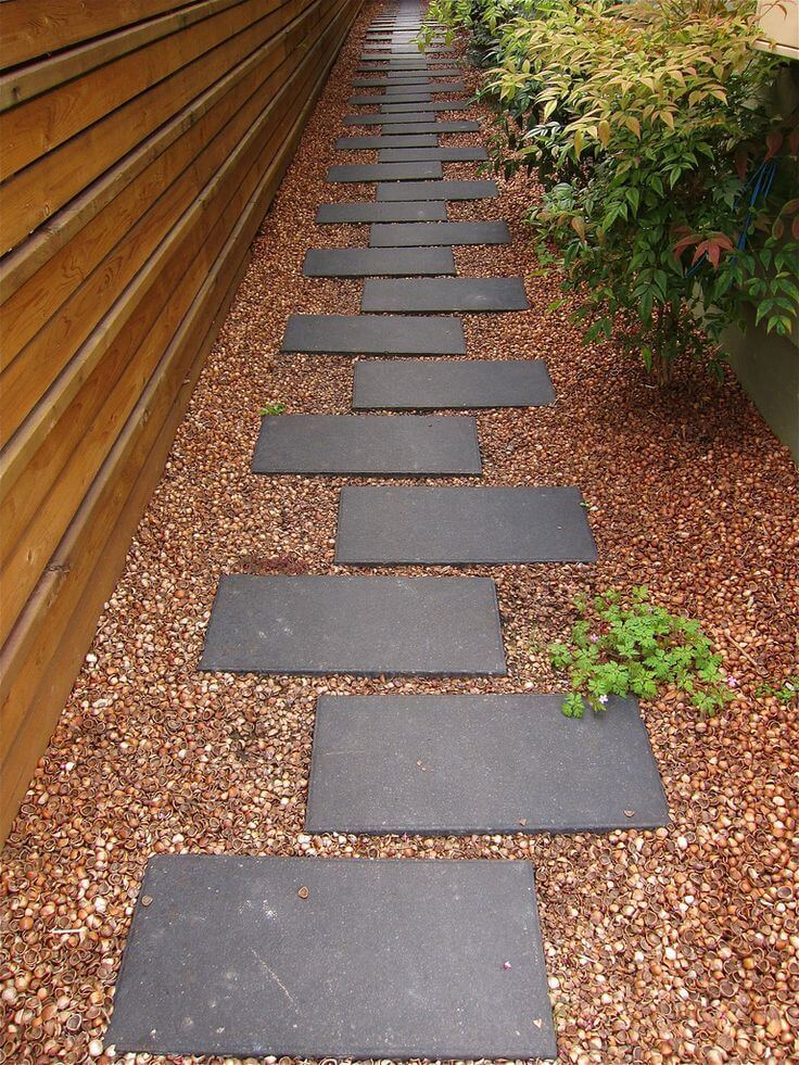 27 easy and cheap walkway ideas for your garden worthminer for Easy garden path ideas