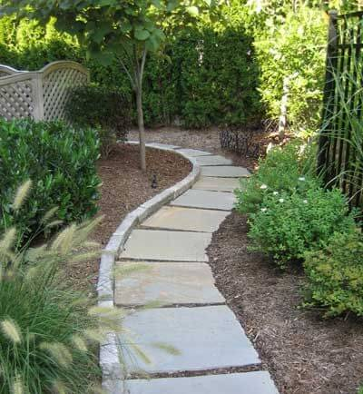 Easy walkway idea for Easy garden path ideas