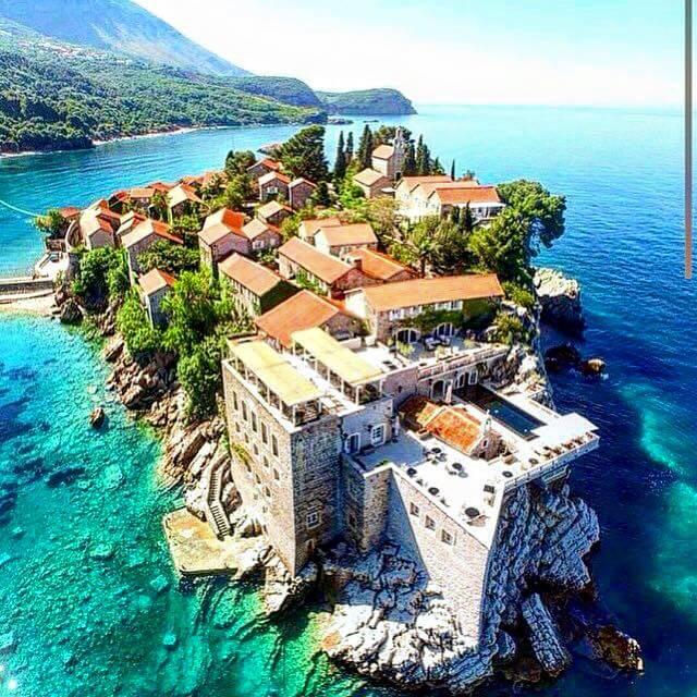 Sveti stefan montenegro for Hotel design kotor