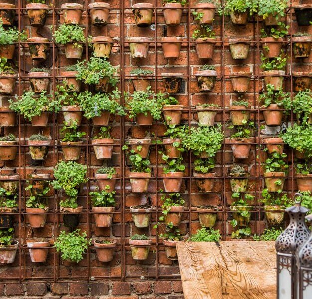 Beautiful Vertical Garden Ideas: 22 DIY Vertical Garden Wall Ideas