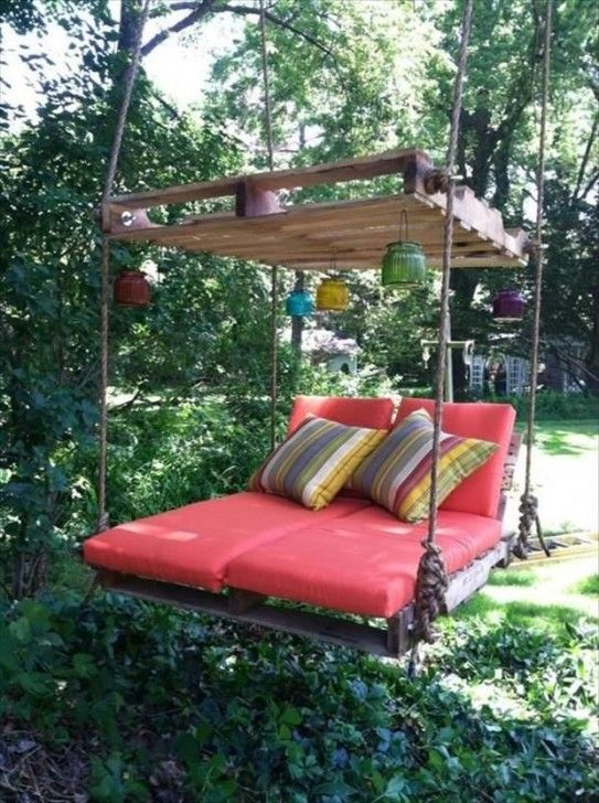 Here's 25 amazing DIY ideas that will help you to upgrade your backyard